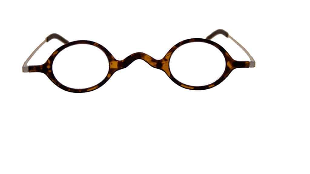 Read Eyewear Chapter 07